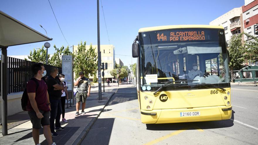70% de autobuses en horas punta durante la huelga de Latbus