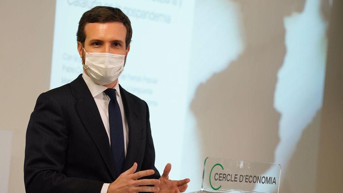 """Casado defiende el """"punto medio"""" entre Madrid y Castilla y León: confinamientos domiciliarios por áreas de salud"""