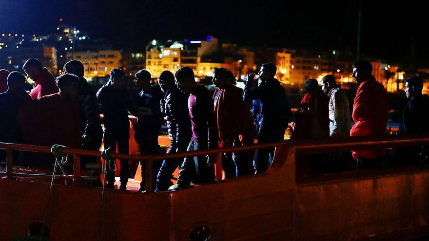 La llegada de migrantes apunta ya a la 'crisis de los cayucos' de 2006