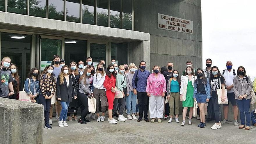 Universitarios de verano de 17 países diferentes