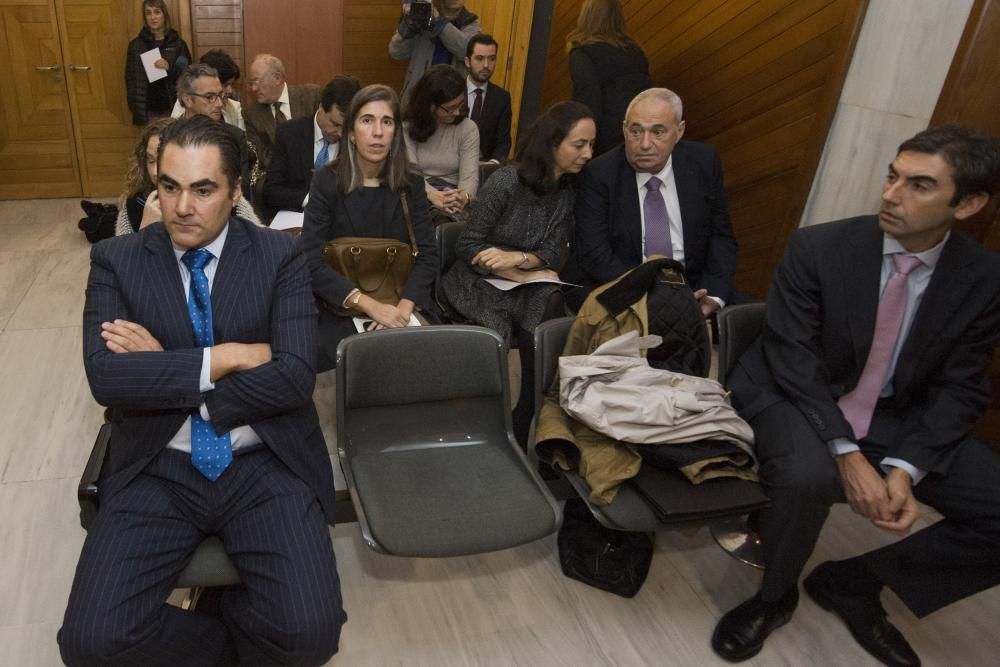 Jove, durante el juicio por la Operación Acordeón contra el FROB  y NovaGalicia Banco. El magnate fue uno de los empresarios gallegos que invirtió en la entidad y sufrió pérdidas tras su recapitalización.
