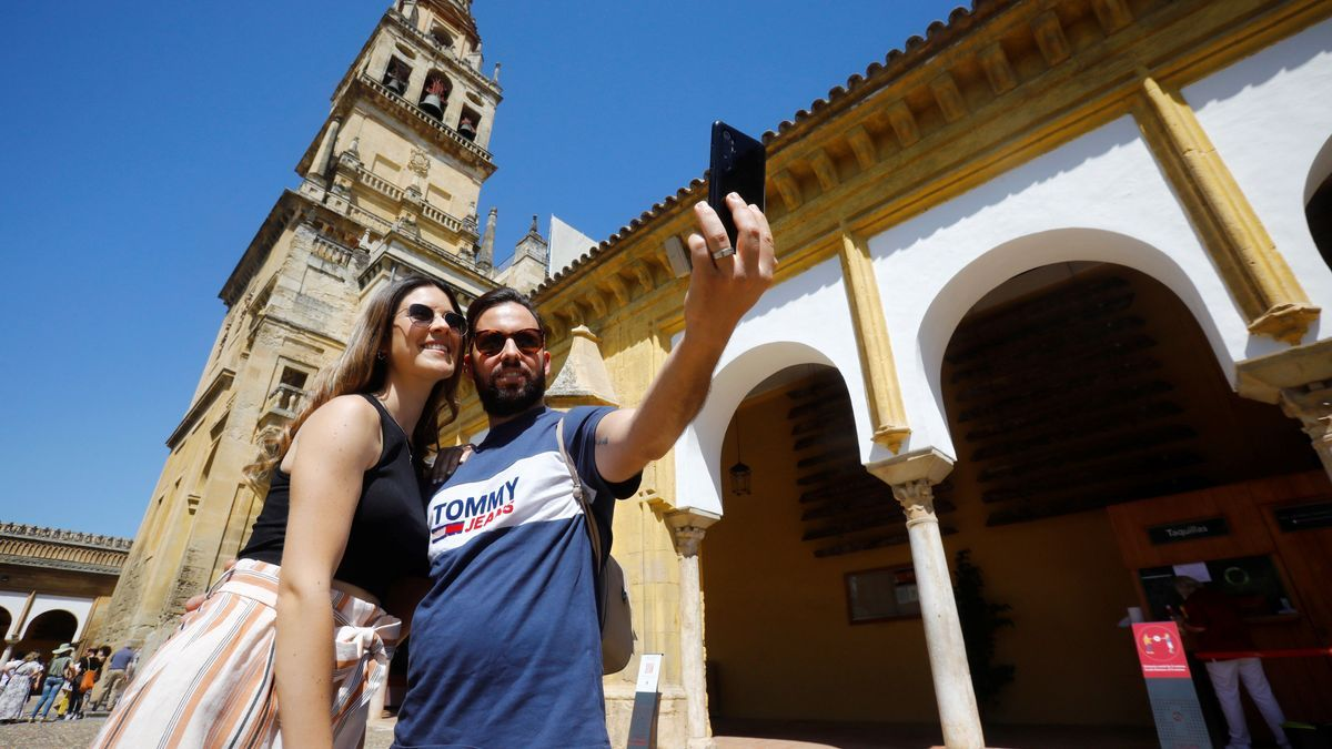 Turistas en la Mezquita-Catedral.