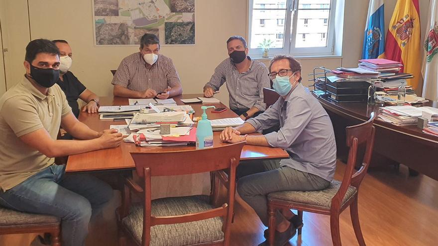 El Ayuntamiento se reúne con empresarios del sector del ocio nocturno para buscar soluciones al cierre por el Covid-19