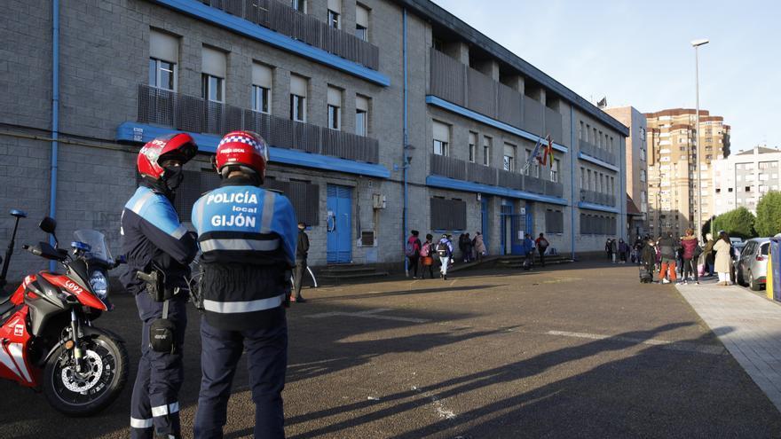 Educación intervino quince veces en el Santa Olaya, defiende la Consejera