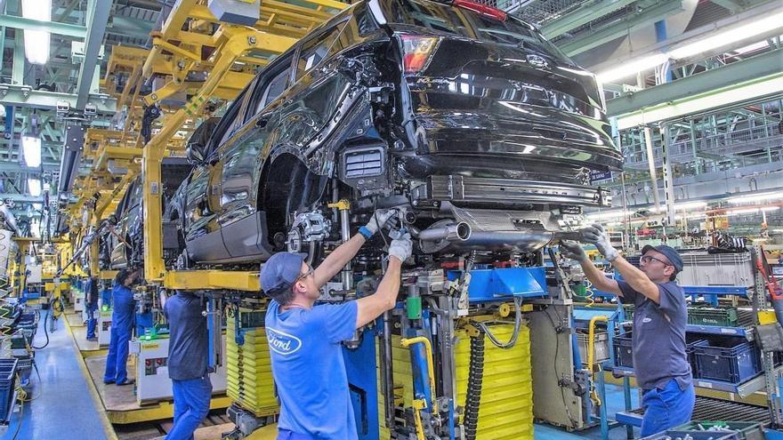 Arranca la producción del Ford Kuga Hybrid en Almussafes