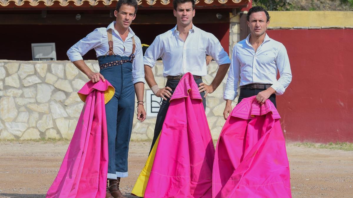 Paco Ramos, Rubén Pinar y Rafaelillo se dieron cita para este reportaje de Mediterráneo en la ganadería de Daniel Ramos.