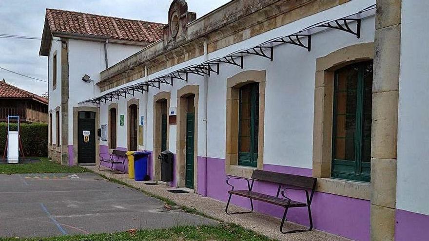 Los colegios de Villaviciosa, listos para el curso tras una actuación de 50.000 euros