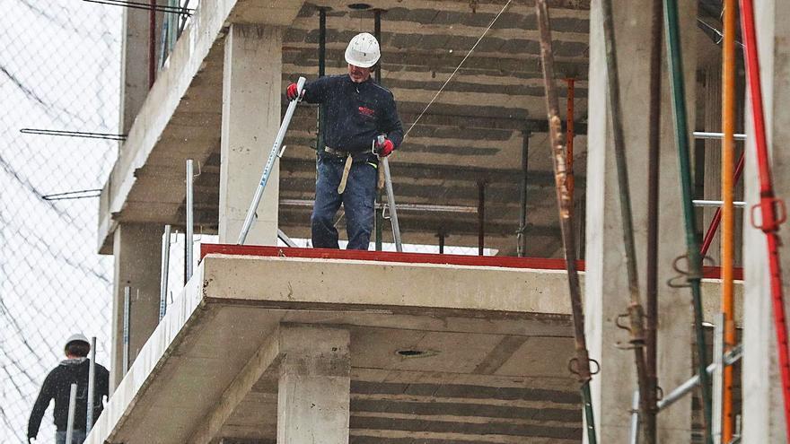 La banca cierra el crédito a los trabajadores  más afectados por la crisis