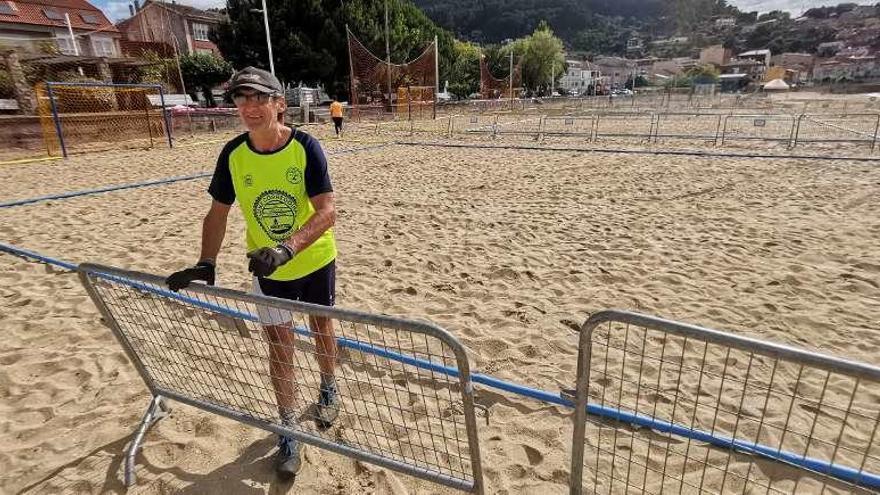 Banda do Río se prepara para recibir a más de 100 equipos de balonmano playa desde mañana