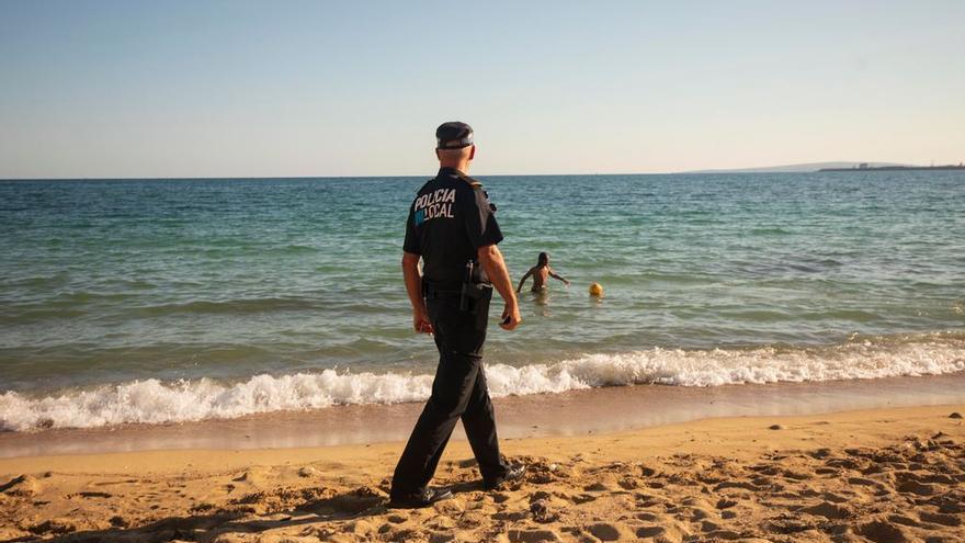 Cort decreta el cierre de las playas la víspera de Sant Joan