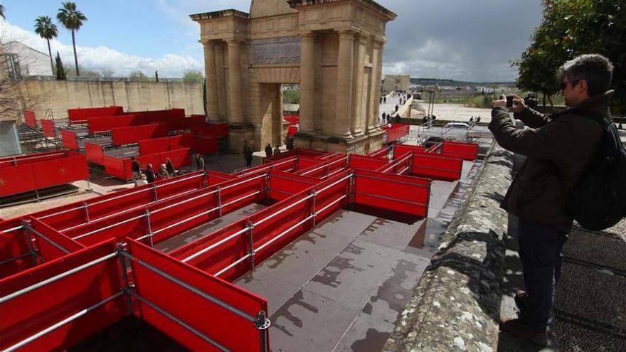 La comisión de Patrimonio Histórico autoriza a poner palcos junto a la Mezquita-Catedral