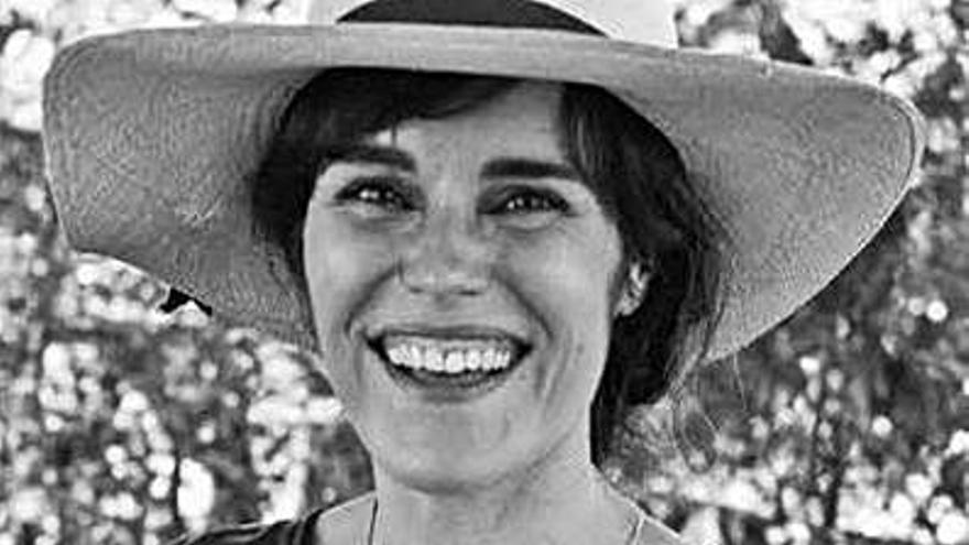 Diana Varela Puñal presenta a novela 'A conxura' hoxe nas Insuas de Gres