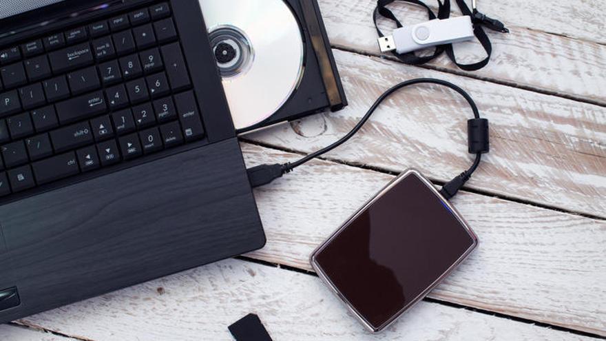 Cómo reparar una memoria USB o un Pen Drive dañado