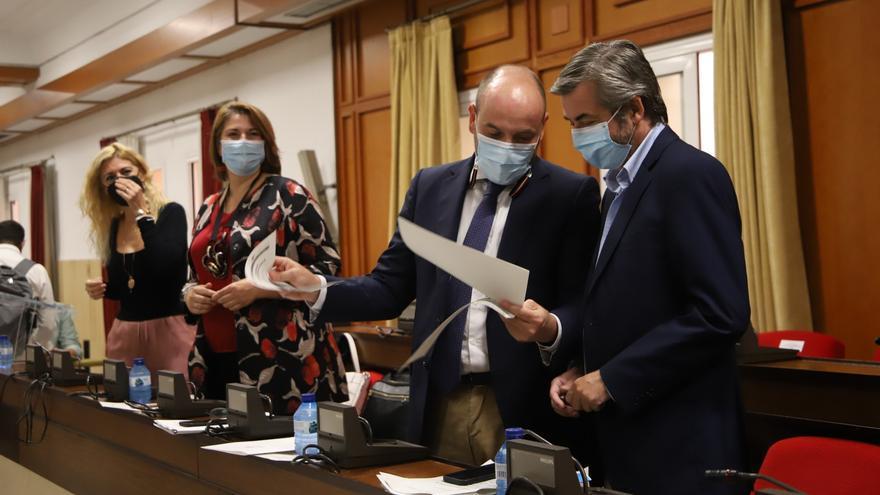 El Ayuntamiento de Córdoba paralizará, si los informes lo avalan, 4 convocatorias que afectan a interinos