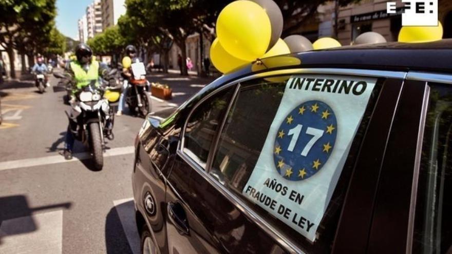 Gobierno y sindicatos exploran un encaje jurídico para dar fijeza a los interinos