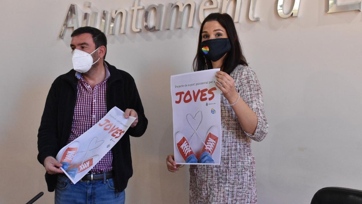 La edil de Juventud, Marga Antón, y Javier Sempere como coordinador del proyecto Joves impulsado por la Concejalía de Juventud