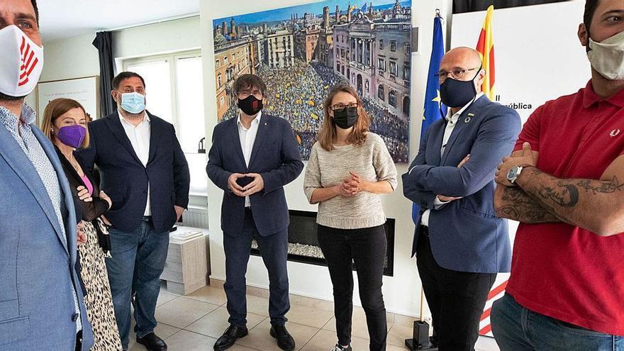 Valtònyc se hace un hueco en el reencuentro de Junqueras y Puigdemont