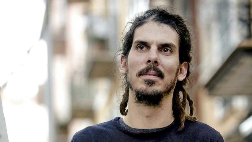 """Alberto Rodríguez: """"Mejor un presidente con melena que  una que trata de beneficiar a sus amigos"""""""