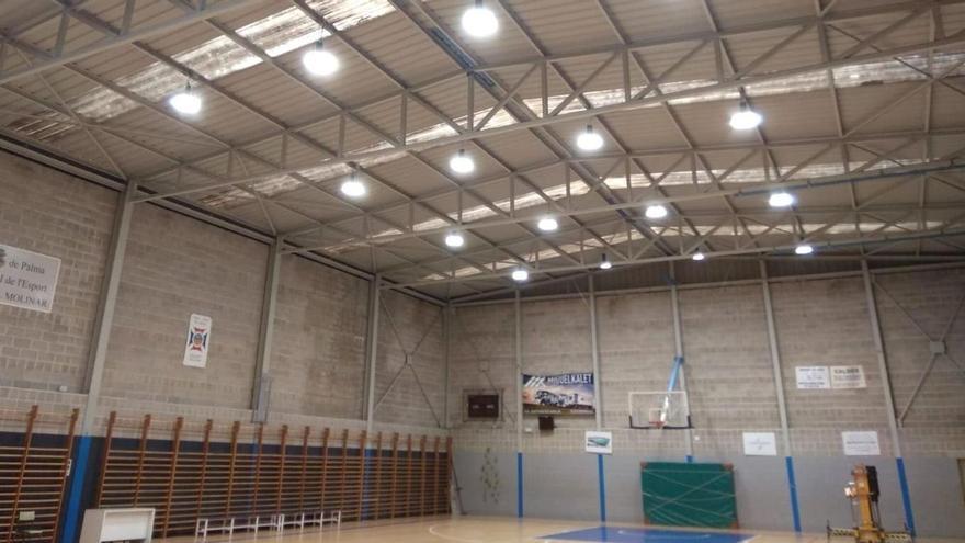 El IME renueva la iluminación del pabellón polideportivo del Molinar
