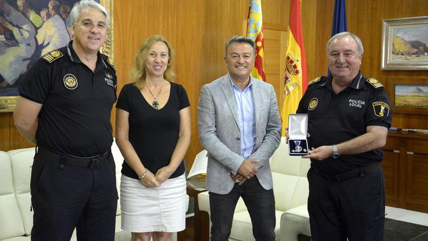 Cristóbal Buigues recibirá el galardón de honor al mérito en Protección Civil tras más de 40 años en la Policía Local de Xàbia
