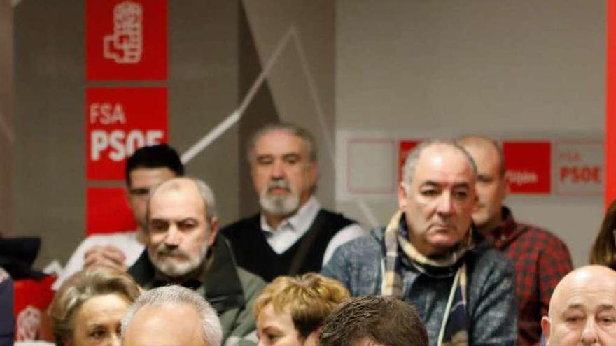 """Simancas: """"No pasa nada porque la banca arrime el hombro para las pensiones"""""""