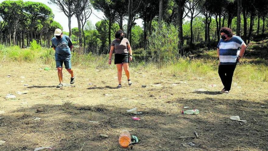 Els pobles turístics pateixen nous «macrobotellons»