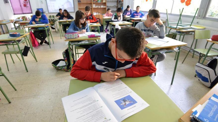 """La Plataforma Galega en Defensa do Ensino llama a """"boicotear""""  las 'reválidas' en 3º y 6º de Primaria y 4º de ESO"""