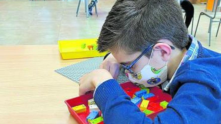Los legos en braille llegan a Canarias