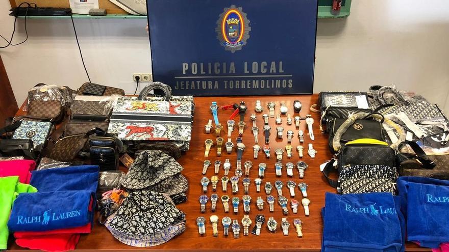 Cinco detenidos tras intervenir en Torremolinos más de un centenar de artículos falsificados