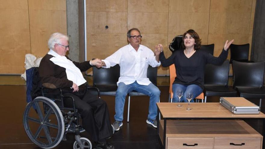 El Grup de Teatre de Roses torna amb un text àcid i mordaç, «Fuita» de Jordi Galceran