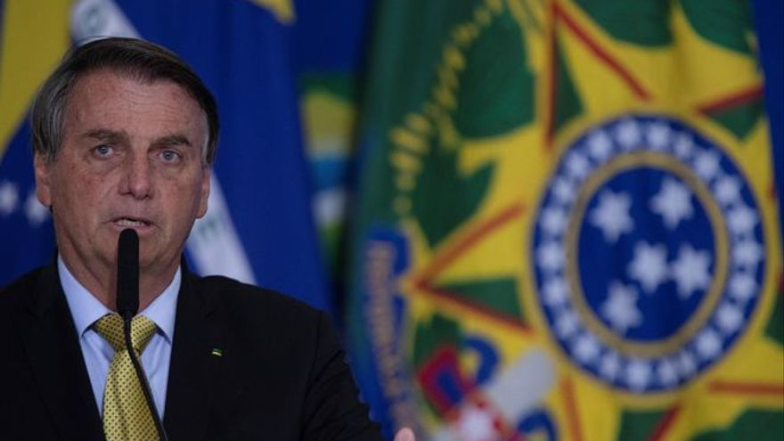 Bolsonaro amenaza con suspender las elecciones brasileñas al más puro estilo Trump