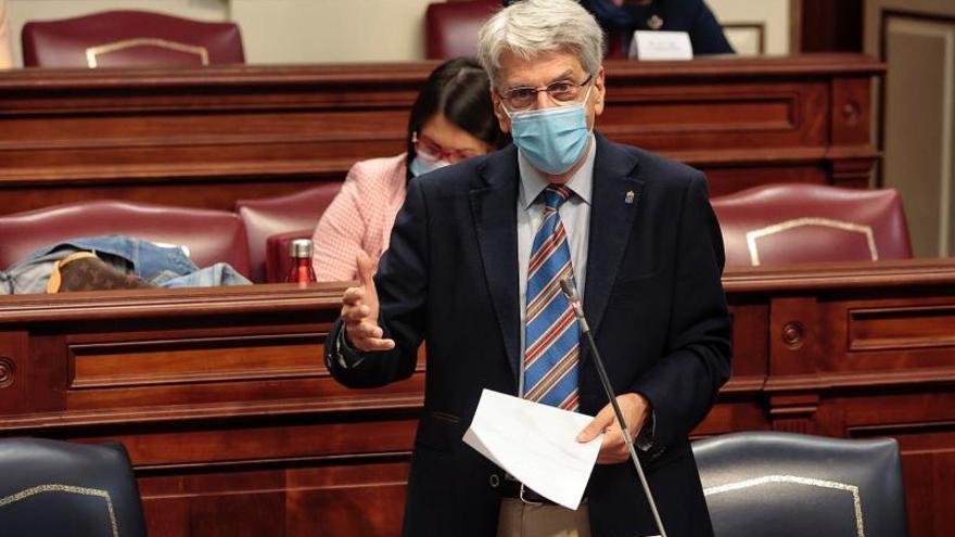 El Ejecutivo salva la cara a Sánchez y ya no ve urgente la comisión bilateral