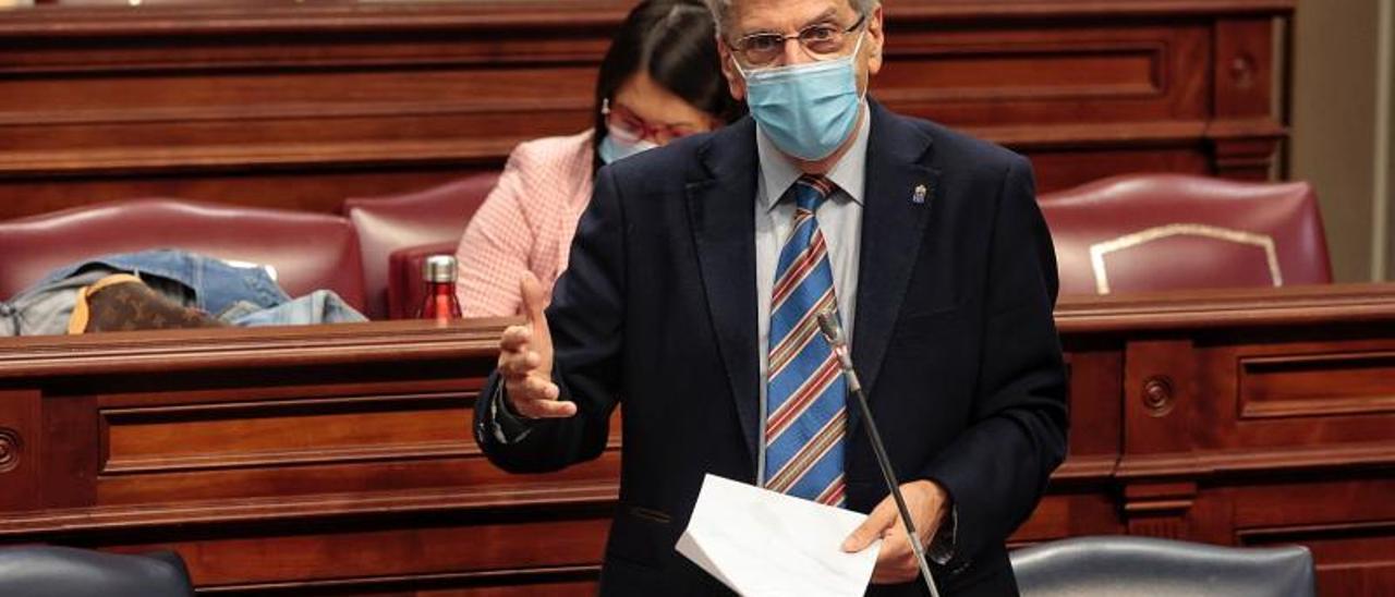 El consejero de Administraciones Públicas, Justicia y Seguridad, Julio Pérez