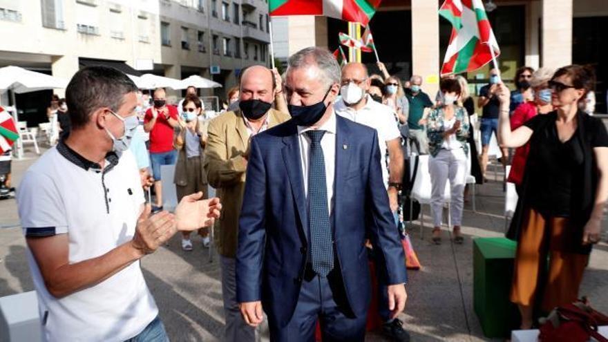 Euskadi afronta las elecciones más bizarras pendiente del brote de Ordizia