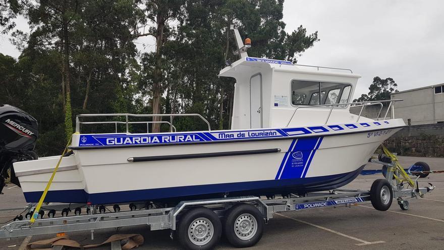 La cofradía de pescadores de Lourizán refuerza la vigilancia sobre las extracciones con una nueva embarcación