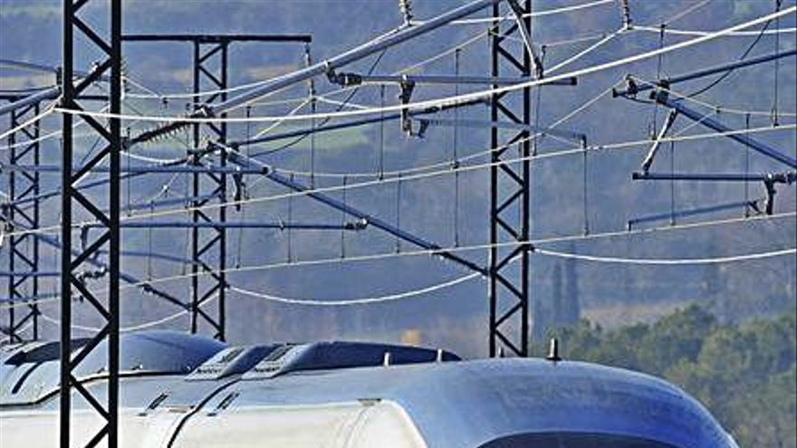 Un foc a Narbona afecta la connexió amb França amb trens d'alta velocitat