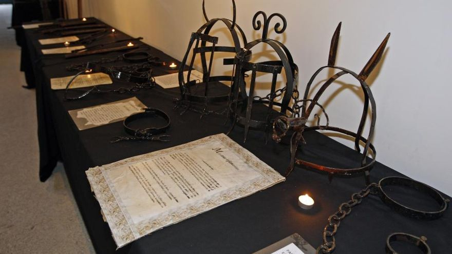 Una exposición muestra los instrumentos de tortura del medievo