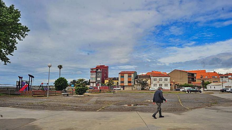 ¿Cómo debe ser el futuro de la plaza de O Regueiro en A Illa?