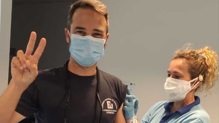 El SAS vacuna a los bomberos de Córdoba