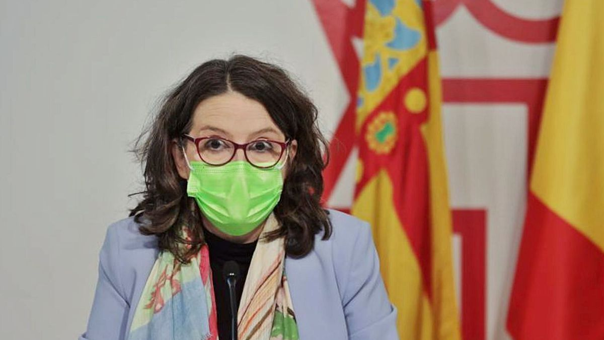 La vicepresidenta Mónica Oltra, ayer, en la rueda de prensa posterior al pleno del Consell. | LEVANTE-EMV