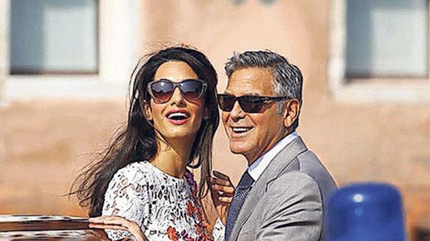 Clooney y Amal, padres de gemelos