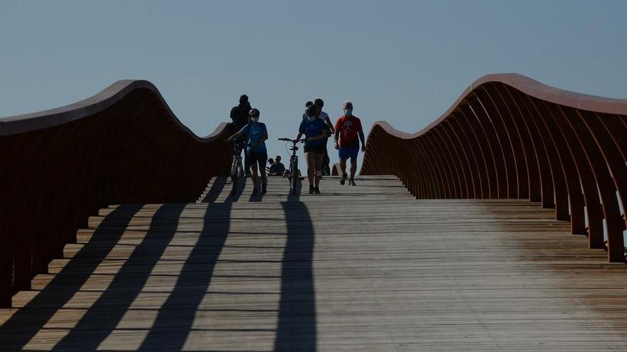 El PP impulsará un acceso peatonal a la pasarela desde Parque Litoral