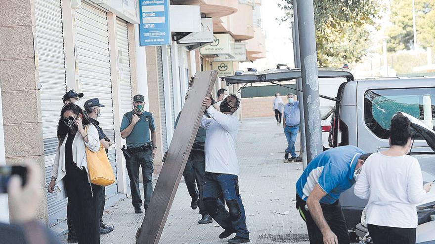 Una familia resiste en su piso de sa Cabana después de trece intentos de desahucio