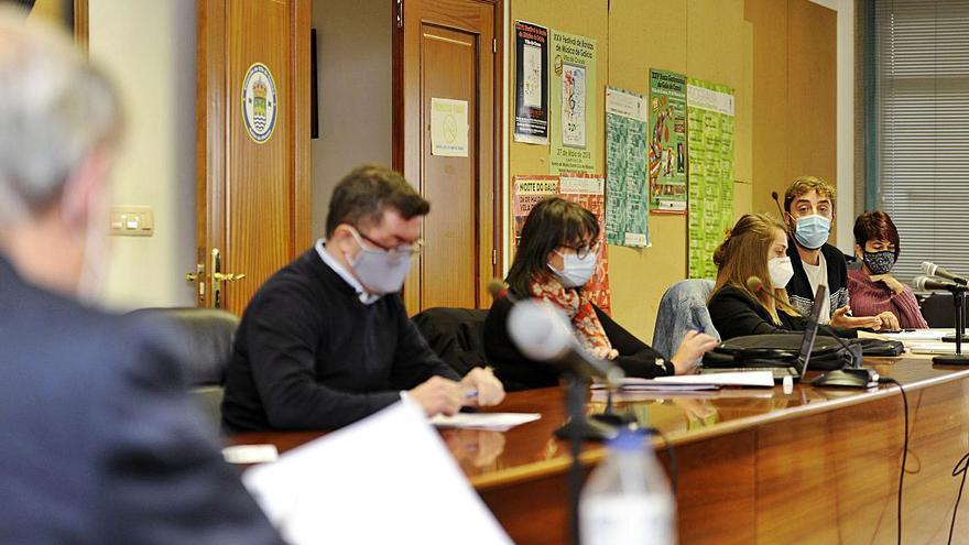 Luis Taboada asegura que dispone de un informe técnico contra la LAT de Órrea
