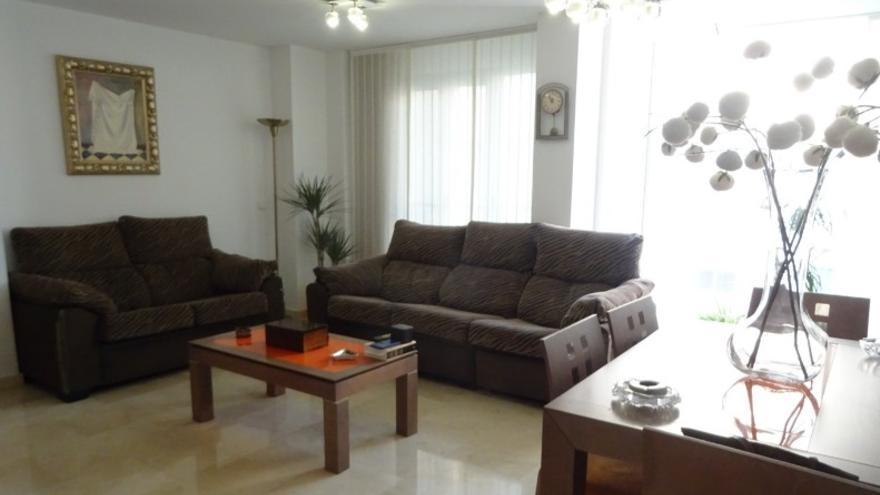Vivir en el centro histórico de Alicante es posible con estos pisos en venta en Benalúa