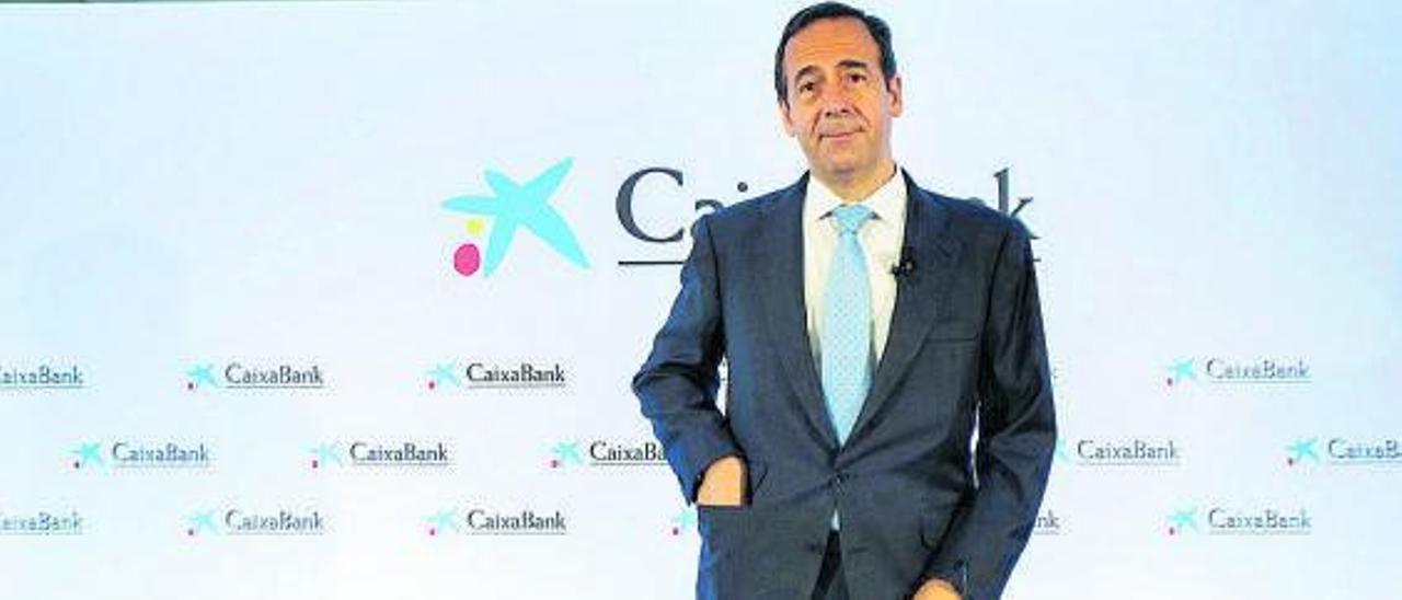 El consejero delegado de CaixaBank, Gonzalo Gortázar, ayer, al presentar los resultados.