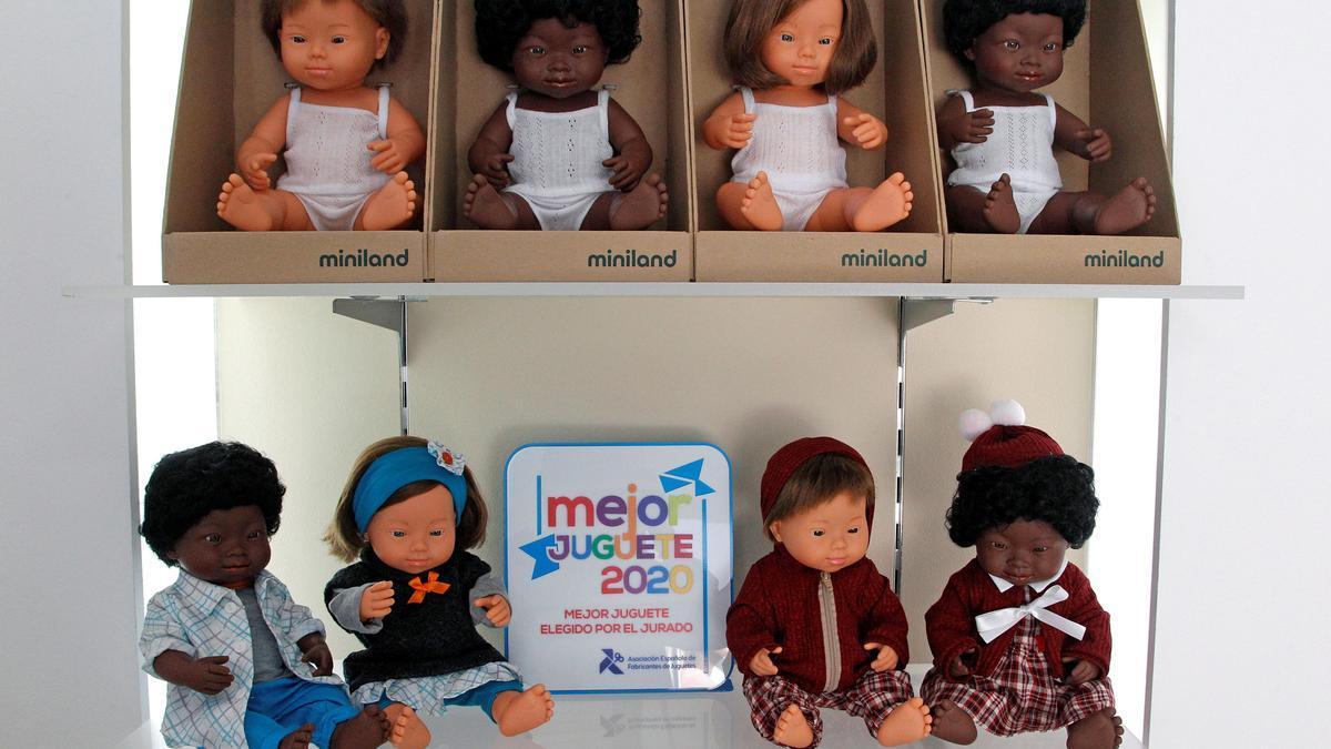 Una colección de muñecos con síndrome de Down, mejor juguete de 2020