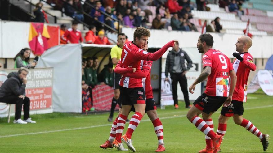 El Zamora CF sufre en defensa para ganar de nuevo (2-1)