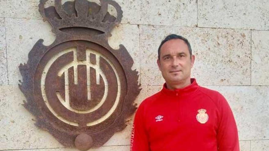 Javi Recio rechaza una oferta del Oviedo para sustituir a 'Michu' en la dirección deportiva