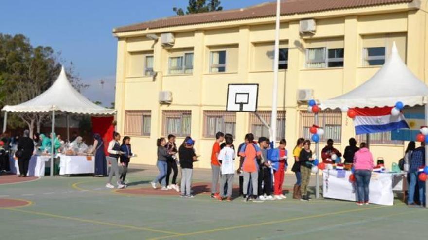 Jornadas para favorecer la interculturalidad en  el colegio Ramón Llull